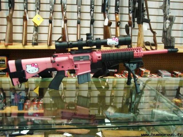 Le Uzi Hello Kitty